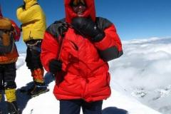 na szczycie Piku Somoni / Komunizma 7.495m npm; jest zimno