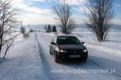 droga dojazdowa do Chaty Slana Voda zupełnie jest biała