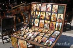 uliczny stragan - piekne ikony do kupienia