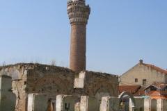pozostałości meczeuy z 1475r. - maczet został spalony podczas dramatycznych wydarzeń w 2001r. (wojna domowa w Macedonii)