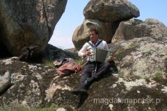 pasterz kóz okazał się uzdolnionym muzykantem - najpierw zagrał nam na akordeonie, a potem....