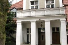 dom, w którym od zakończenia wojny żył i tworzył Arkady Fiedler