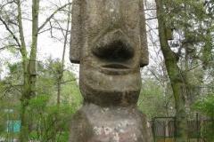kopia posągu z Wyspy Wielkanocnej