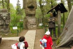 6,5-metrowy posąg z Wyspy Wielkanocnej