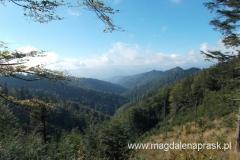 przepiękne beskidzkie widoki - tak w oddali powinno być widać Tatry