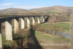 Macedonia to górski kraj, wiel jest tu więc urokliwych wiaduktów, jak ten