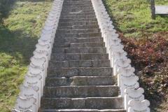 schody - pomnik upamiętniające poległych w II Wojnie Światowej