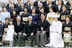 na poważnie czyli pamiątkowe zdjęcie po tradycyjnym ślubie