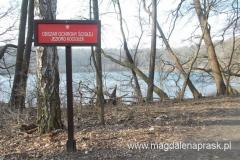 Jezioro Kociołek - misa jeziora została prawdopodobnie wydrążona przez kamienie poruszane wirującą wodą w rzece podlodowcowej
