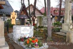 grób Kornela Makuszyńskiego stwórcy, autora Koziołka Matołka