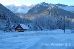 po słowackiej stronie zima i Tatry są równie piękne