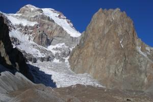 Aconcagua - po lewej Lodowiec Polaków